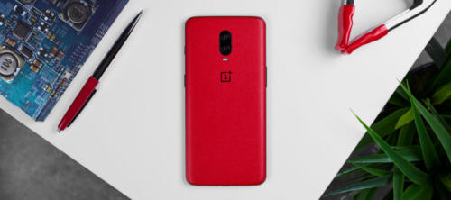 red-oneplus-7-skins